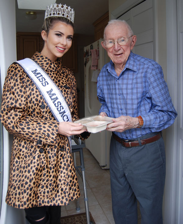 Whitney Sharpe, Miss Massachusetts USA delivers Meals on Wheels to Burlington resident David Crowley